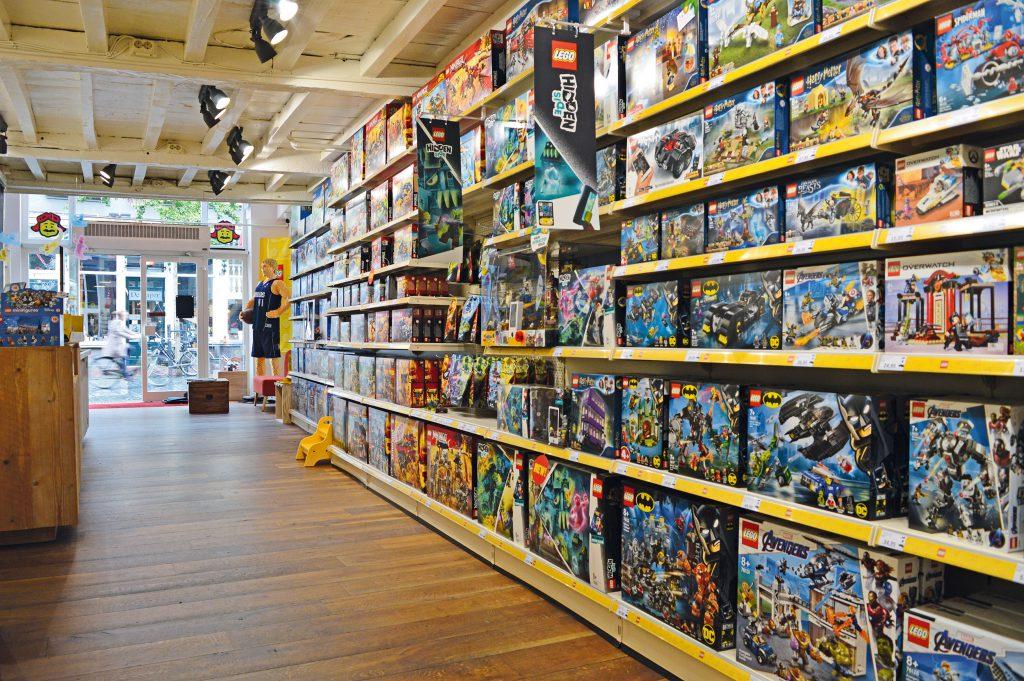 Nieuw in de regio: LEGO speciaalzaak Blokkenpiloot